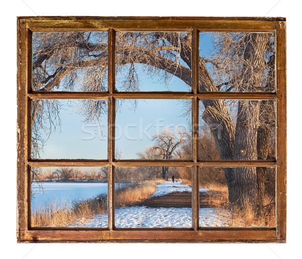 Zimą parku scena starych kabiny okno Zdjęcia stock © PixelsAway