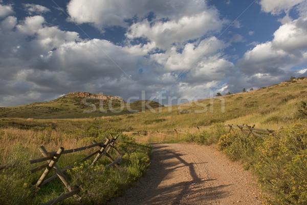 Strada sterrata Colorado montagna legno recinzione fort Foto d'archivio © PixelsAway