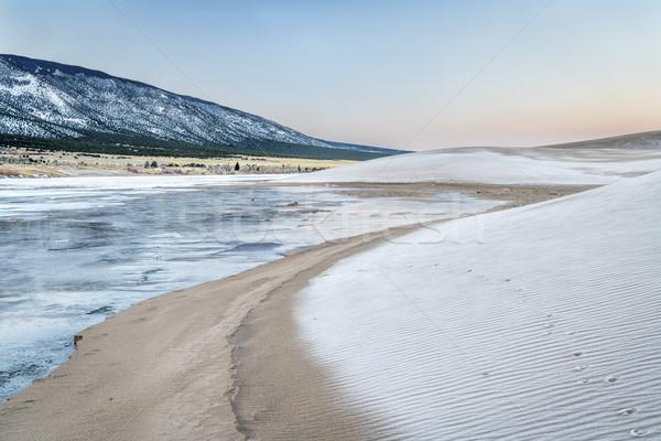 зима рассвета песок заморожены ручей покрытый Сток-фото © PixelsAway