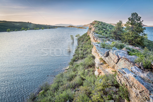 водохранилище весна песчаник утес озеро сумерки Сток-фото © PixelsAway