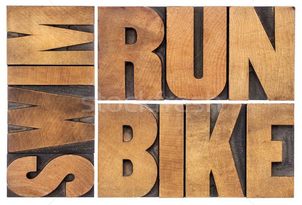 Correr bicicleta nadar triathlon isolado palavra Foto stock © PixelsAway