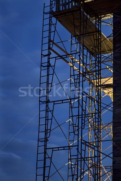 építkezés állványzat égbolt sziluett erős fény Stock fotó © PixelsAway