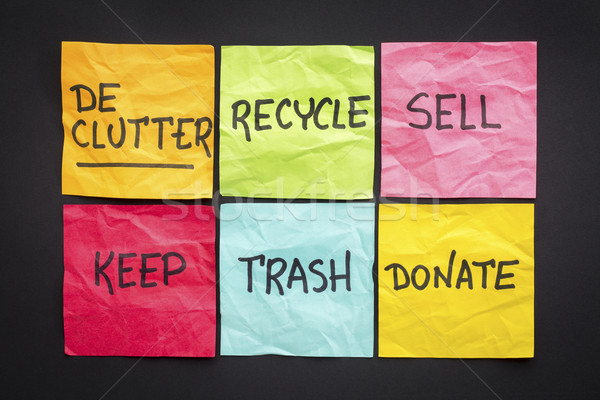 Sticky notes recycler trash vendre faire un don écriture Photo stock © PixelsAway
