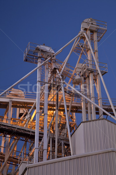 grain elevator at night Stock photo © PixelsAway