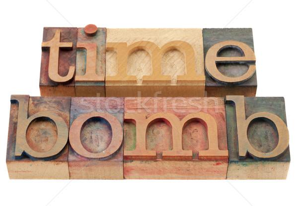 Tijdbom geïsoleerd woorden vintage hout Stockfoto © PixelsAway
