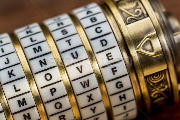 Liefde woord wachtwoord combinatie puzzel vak Stockfoto © PixelsAway