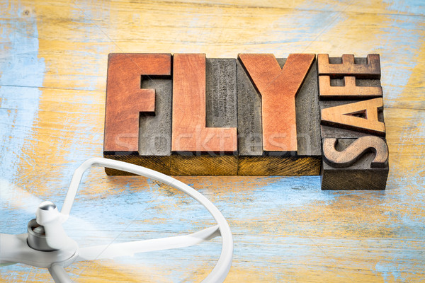 Voar seguro operação lembrete palavra abstrato Foto stock © PixelsAway