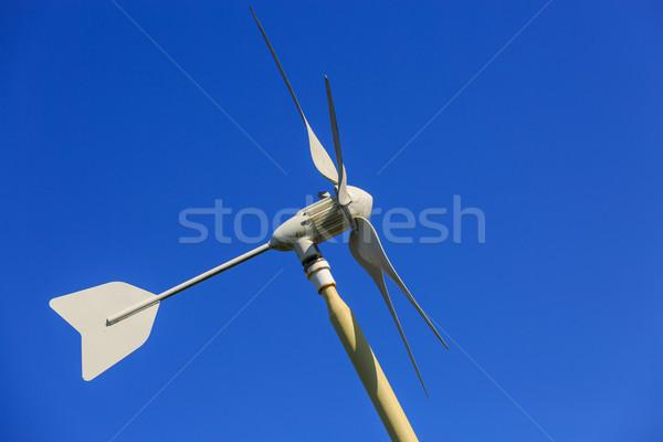 Vento generatore cielo blu home metal verde Foto d'archivio © pixinoo