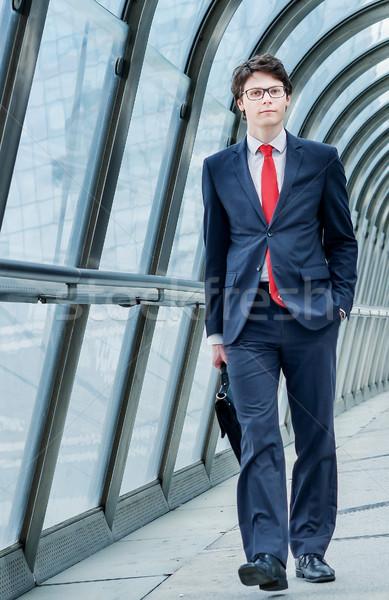 Exécutif dynamique voyage d'affaires homme travaux aéroport Photo stock © pixinoo