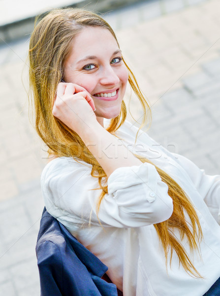 Yürütme çalışma cep telefonu sokak ofis binaları iş Stok fotoğraf © pixinoo
