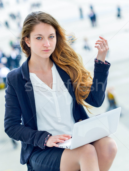 Töprengő aggódó üzletasszony portré kívül iroda Stock fotó © pixinoo