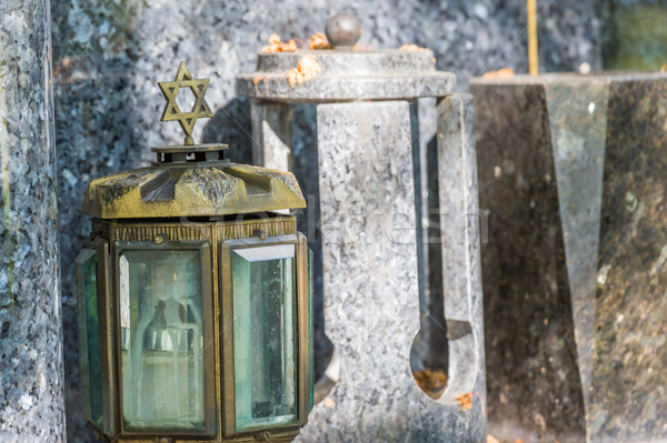 Foto stock: Vela · lanterna · pedra · grave · vidro · paz