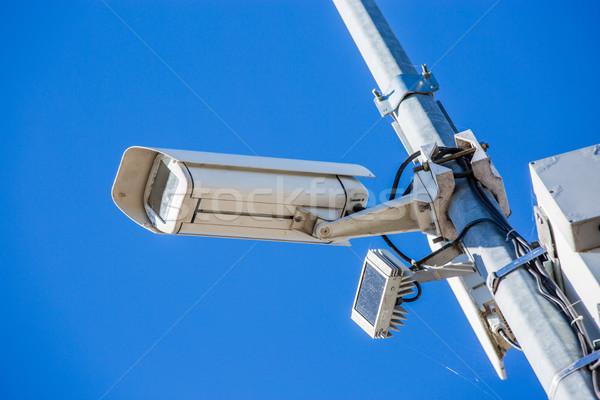 Cctv aparatu bezpieczeństwa ustalony słup obraz Zdjęcia stock © pixinoo