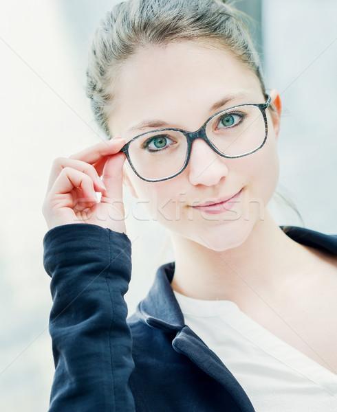 Kız gözlük ayakta açık yüz Stok fotoğraf © pixinoo