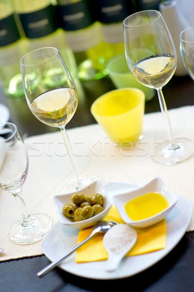 Gedekt eettafel wijn glas restaurant kamer Stockfoto © pixpack