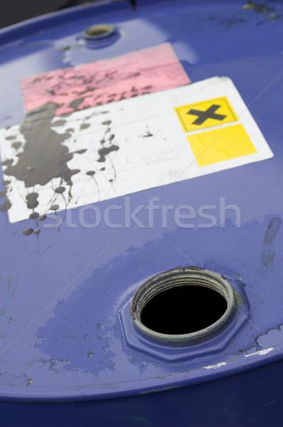 Otwarte chemicznych baryłkę środowiska pusty odpadów Zdjęcia stock © pixpack