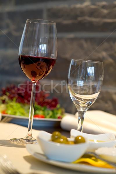 ストックフォト: カバー · ダイニングテーブル · ワイングラス · ワイン · ガラス · レストラン