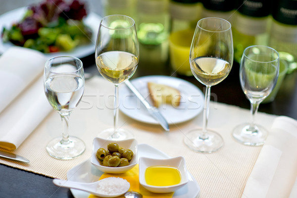 Fedett bankett asztal bor üveg étterem Stock fotó © pixpack