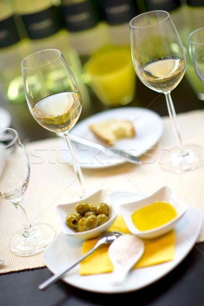 Pokryty stół kieliszki do wina szkła restauracji biurko Zdjęcia stock © pixpack
