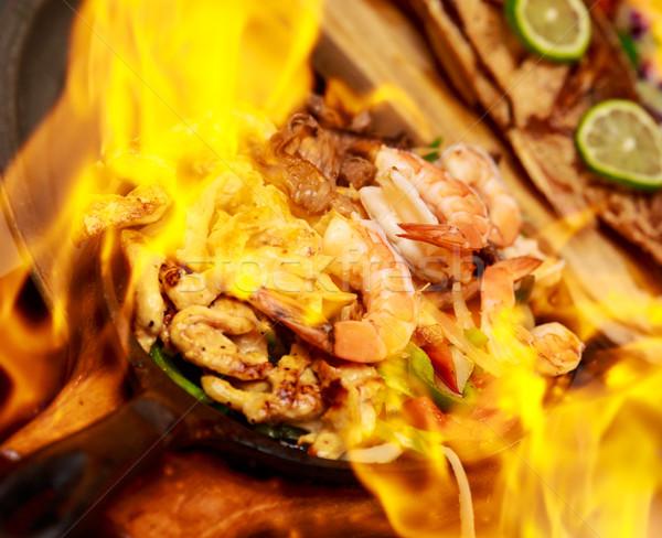 Vlam garnalen kip voedsel restaurant dining Stockfoto © pngstudio
