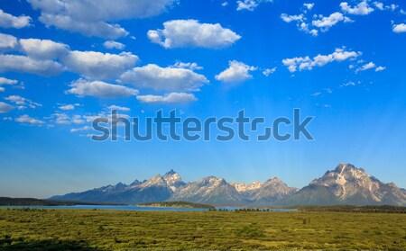 Göl mavi gökyüzü bulut Stok fotoğraf © pngstudio