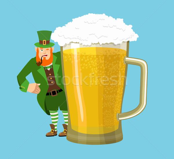 счастливым день кружка пива карлик Сток-фото © popaukropa
