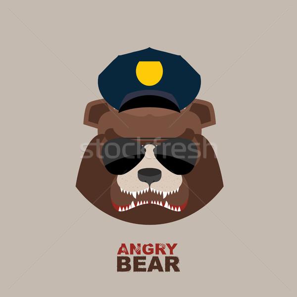 Zły ponosi komisarz policji cap sportu Zdjęcia stock © popaukropa