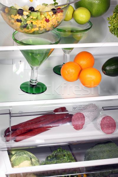 Dentro completo alimentos frescos geladeira beber queijo Foto stock © ppart