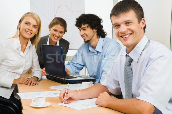 Stockfoto: Business · team · glimlachend · man · naar · camera · business