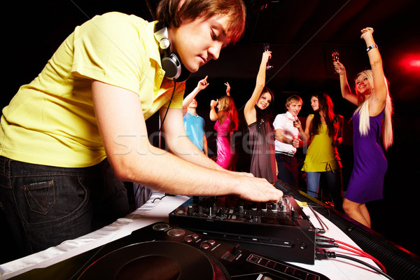 Clubbing smart deejay werken disco dansen Stockfoto © pressmaster