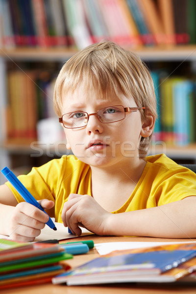 Inteligente nino retrato dibujo libro educación Foto stock © pressmaster