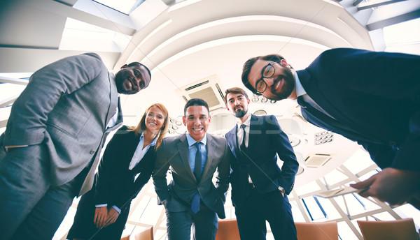 ストックフォト: グループ · 成功した · ビジネスの方々 · スーツ · 見える