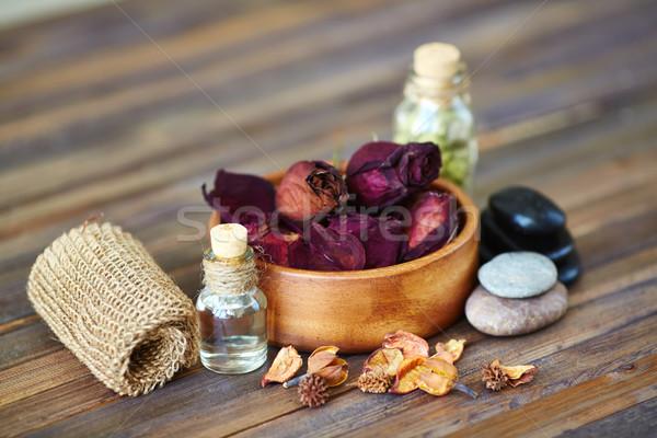 Bellezza set asciugare rose foglie spa Foto d'archivio © pressmaster