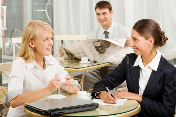 昼休み 肖像 2 ビジネス 女性 話し ストックフォト © pressmaster
