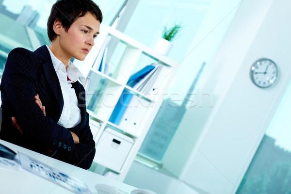 Poważny pracodawca Fotografia smart kobieta interesu posiedzenia Zdjęcia stock © pressmaster