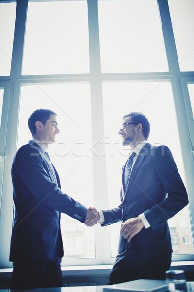 Stok fotoğraf: Yeni · sözleşme · fotoğraf · başarılı · işadamları · iş