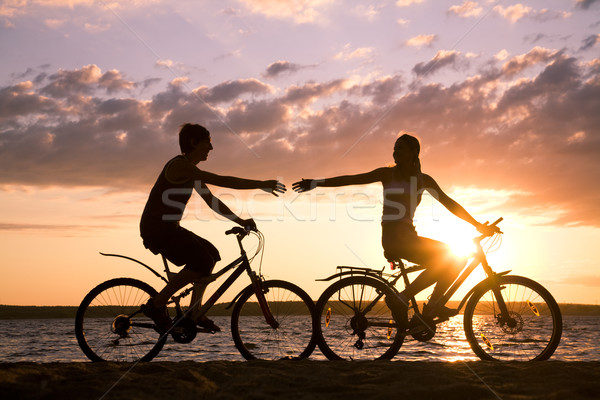 Stock foto: Reiten · Fahrräder · Silhouetten · glücklich · Paar · Dehnung