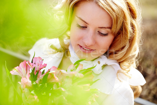 Stok fotoğraf: Kız · çiçekler · yüz · güzel · kız