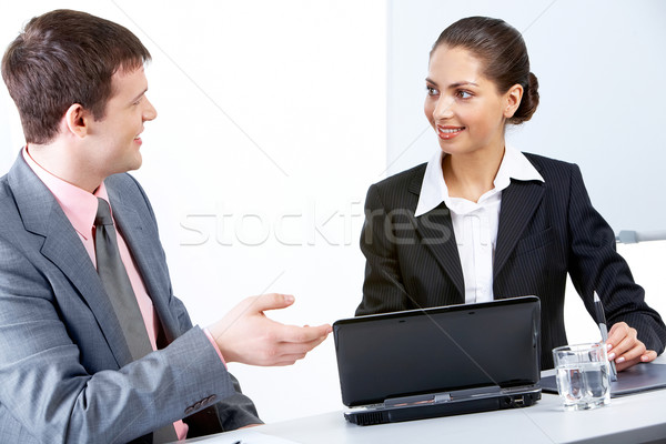 Csapatmunka portré elfoglalt megbeszél új üzleti stratégia Stock fotó © pressmaster