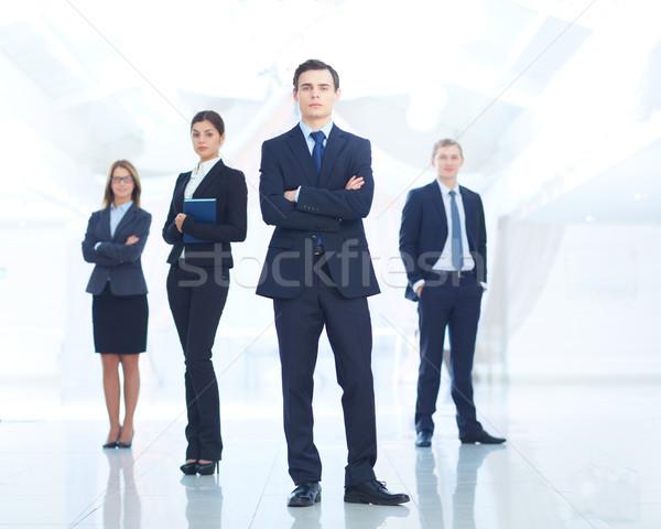 Leader squadra ritratto giovani imprenditore guardando Foto d'archivio © pressmaster