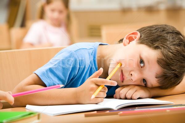 Zdjęcia stock: Cute · chłopca · zmęczony · żółty · pastel