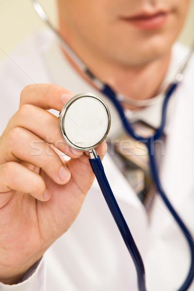 Foto d'archivio: Mano · stetoscopio · primo · piano · medico · di · sesso · maschile · uomo · medici