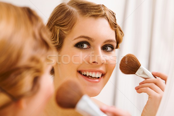 Maquillage image joli Homme regarder miroir Photo stock © pressmaster