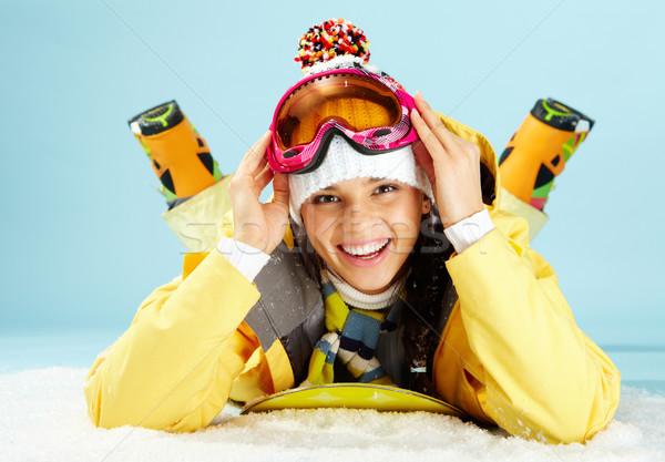 Téli sport portré boldog gördeszkás néz kamera Stock fotó © pressmaster