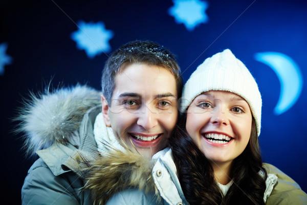 Radości portret szczęśliwy para patrząc kamery Zdjęcia stock © pressmaster