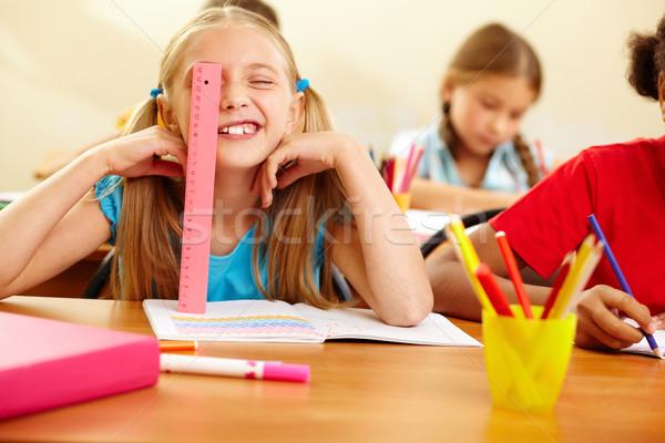 Verspielt Porträt Mädchen Arbeitsplatz Schule Stock foto © pressmaster