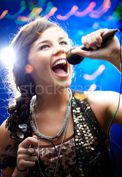 Karaoke portret meisje vrouw Stockfoto © pressmaster