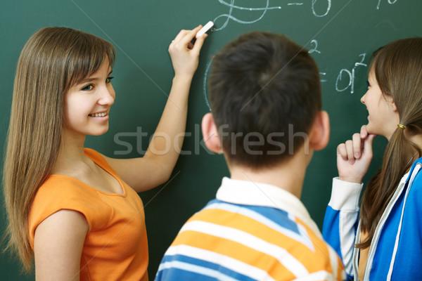 Spiegazione studente formula lavagna algebra Foto d'archivio © pressmaster