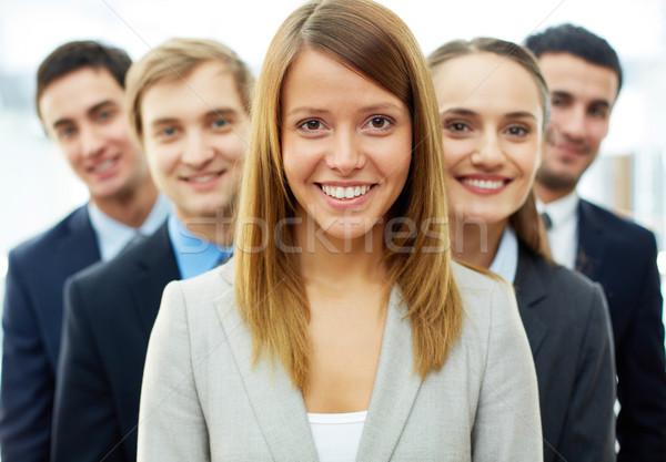 ストックフォト: スマート · リーダー · 幸せ · 女性実業家 · 見える · カメラ