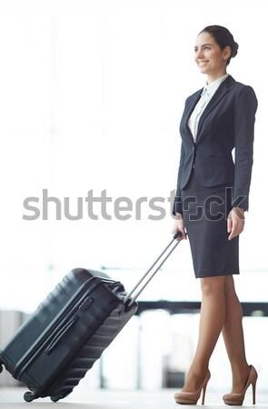 Capo ritratto bella femminile valigetta isolamento Foto d'archivio © pressmaster